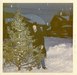 The Homburg years fortunately were brief. DH with the family tree, 1972. Hubley Family photo.